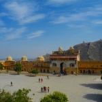 fort-amber-jaipur-rajastan-goa-dzikababa